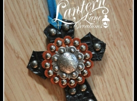 saddle-cross-dark-silver