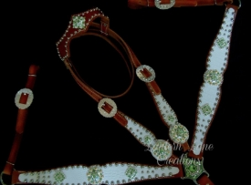 tack-set-white-green-crystals