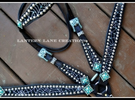 turquoise-black-spider-web-tack-set
